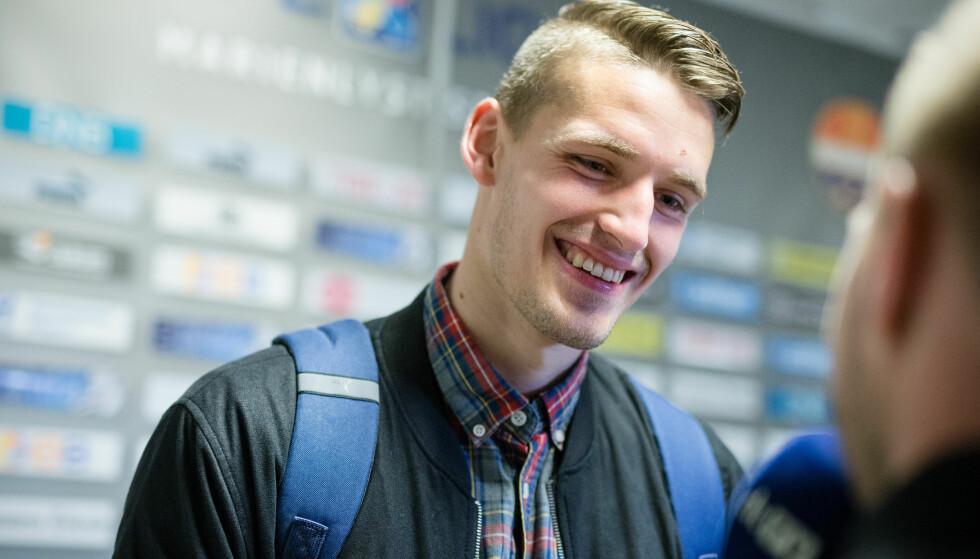SPILTE HELE KAMPEN: Gustav Valsvik fikk 90 minutter på banen da Eintracht Braunschweig spilte uavgjort mot Stuttgart, mandag. Her fra tida i Strømsgodset. Foto: Audun Braastad / NTB scanpix