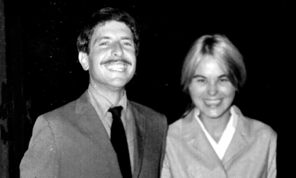 MUSE OG MOR: Marianne Ihlen sammen med sin kjæreste og kommende sanghelt Leonard Cohen. Foto: Privat