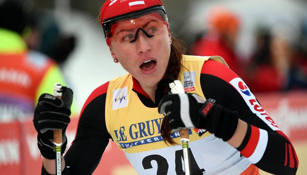 REAGERER: Justyna Kowalczyk skjønner ikke hvorfor Skiforbundet skal reagere på at hun uttaler seg om Sundby-saken. Foto: EPA/GRZEGORZ MOMOT/NTB Scanpix