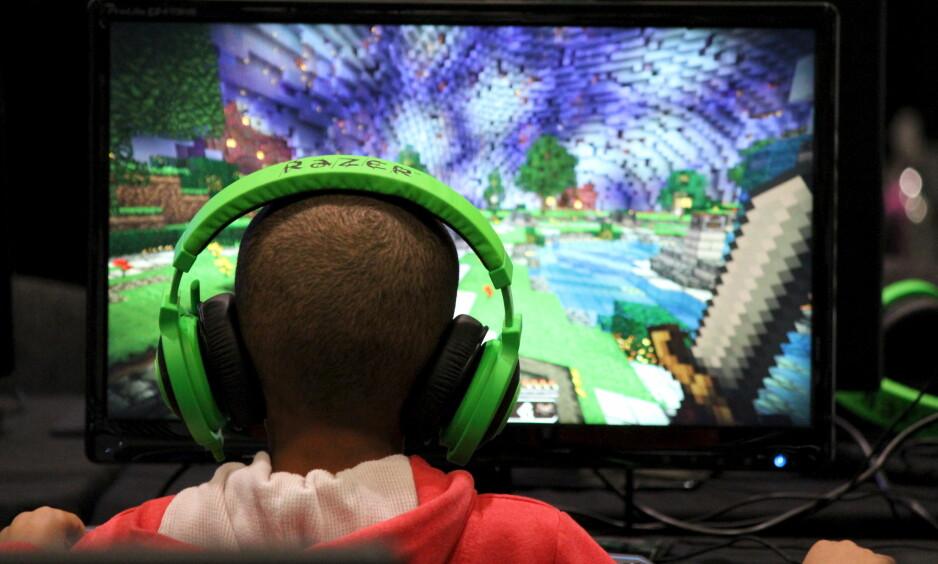 SPILLETS FORDELER: At barn bruker mye tid på dataspill, kan gjøre skoleprestasjonene deres bedre. Foto: REUTERS/Matthew Tostevin