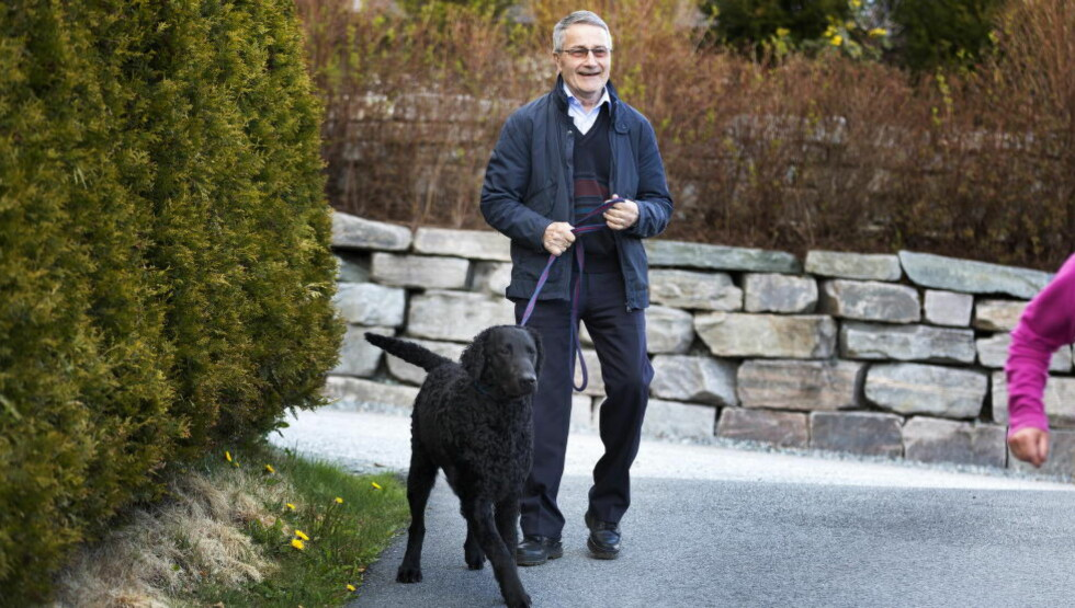 AKTIV FERIE: Nå som Johannes Bolstad (77) er pensjonist, er han aktivt medlem i Landslaget for Offentlige Pensjonister og  i Utdanningsforbundet. Foto: Henning Lillegård / Dagbladet