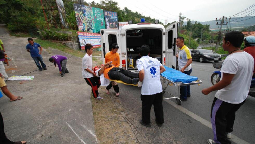FARLIG TRAFIKK: Mange utlendinger dør eller blir skadd i den uoversiktlige thailandske trafikken. Her fra Phuket. Foto: Ralf Lofstad / Dagbladet