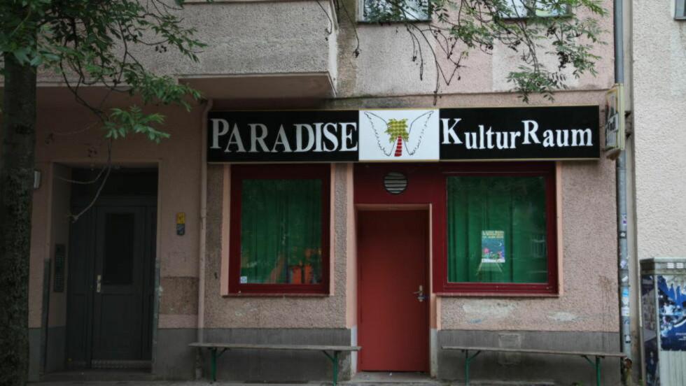 ÅSTED: Kvinnen fra Mandal hadde ifølge vitneforklaringer vært flere ganger på dette kultur-treffstedet i Berlin før hun ble funnet død 13. juni. Politiet har funnet tekniske spor som utpeker galleriet som drapsåsted. FOTO: ASBJØRN SVARSTAD/DAGBLADET.