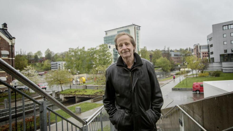 RUNDJULT: Kjartan Fløgstad får rundjuling både på anmeldelsesplass og i en av de faste spaltene i nye Bokvennen Litterær Avis. Foto: ANITA ARNTZEN