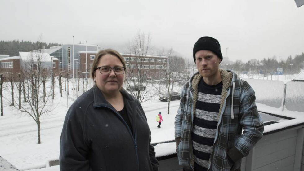 FORTVILER: Bråket om antall flyktninger på Raumyr mottak i Kongsberg fortsetter. Anita Sørnes og Martin Longva bor begge i umiddelbar nærhet til mottaket som kan ta imot inntil 1000 asylsøkere. Foto: Arne V. Hoem / Dagbladet