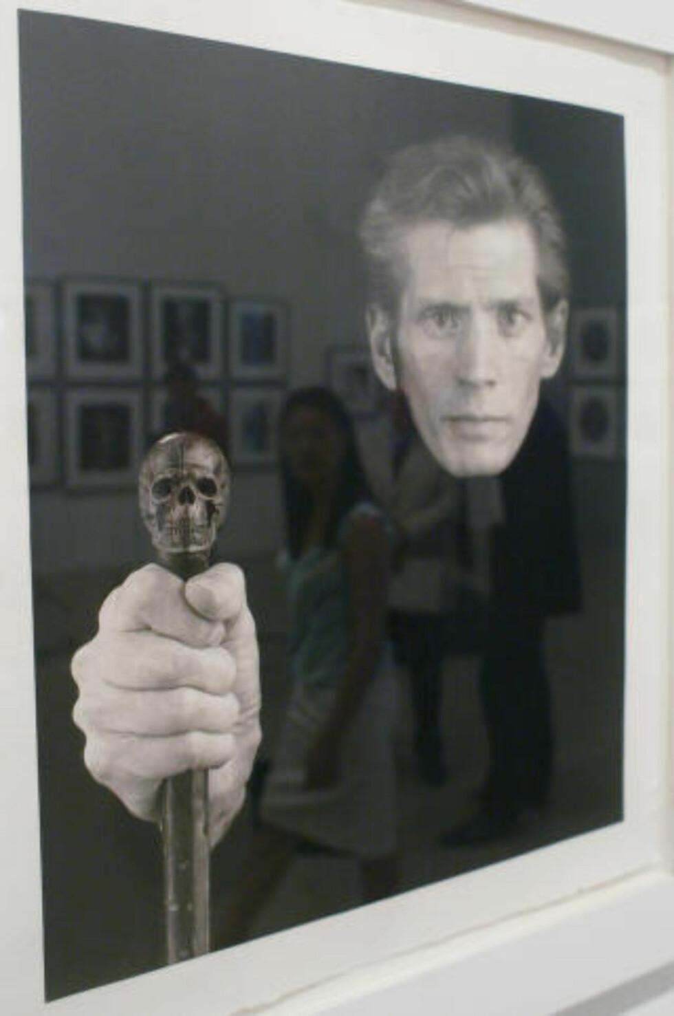 STOR: Robert Mapplethorpe er en av de mest kjente fotografkunstnerne gjennom tidende. Bildet er fra en utstilling i Tyskald i 2004. Foto: NTB Scanpix