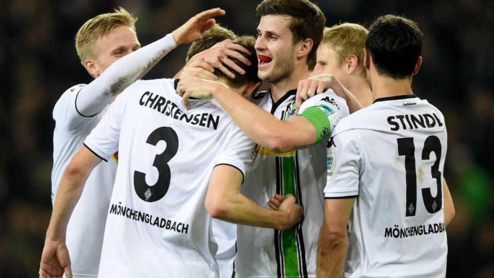 BIDRO TIL SEIER: Håvard Nordtveit bar igjen kapteinsbindet for Borussia Mönchengladbach. Foto: EPA/JONAS GUETTLER/NTB Scanpix
