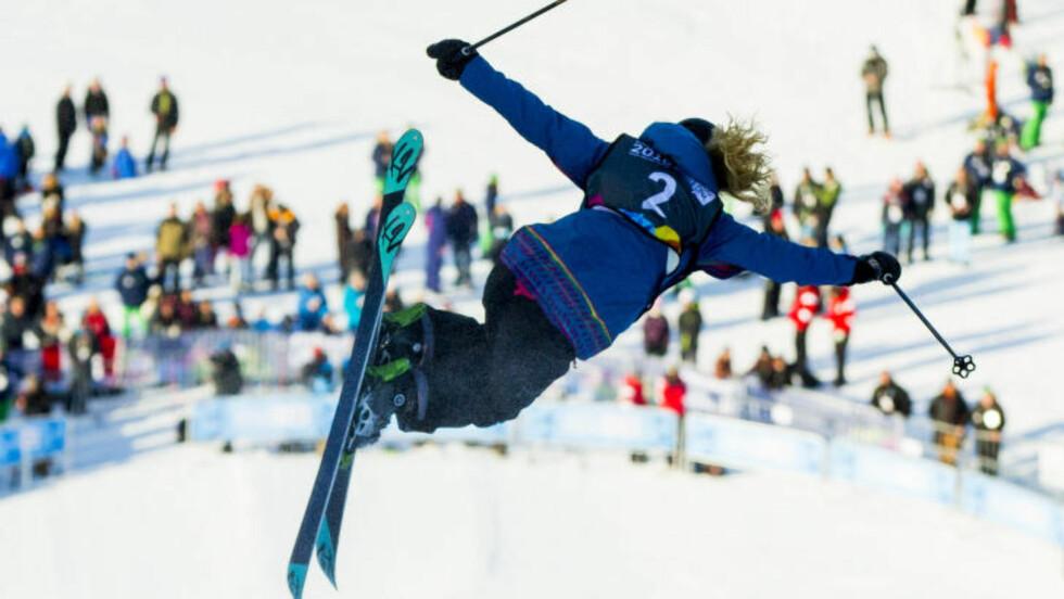 SUKSESS:  Et vågalt og annerledes Ungdoms-OL slo an både blant tilskuerne og IOC. Her amerikanske Paula Cooper. i lufta i halfpipe-konkurransen som var utplassert til Oslo. FOTO: Vegard Wivestad Grøtt / NTB scanpix.