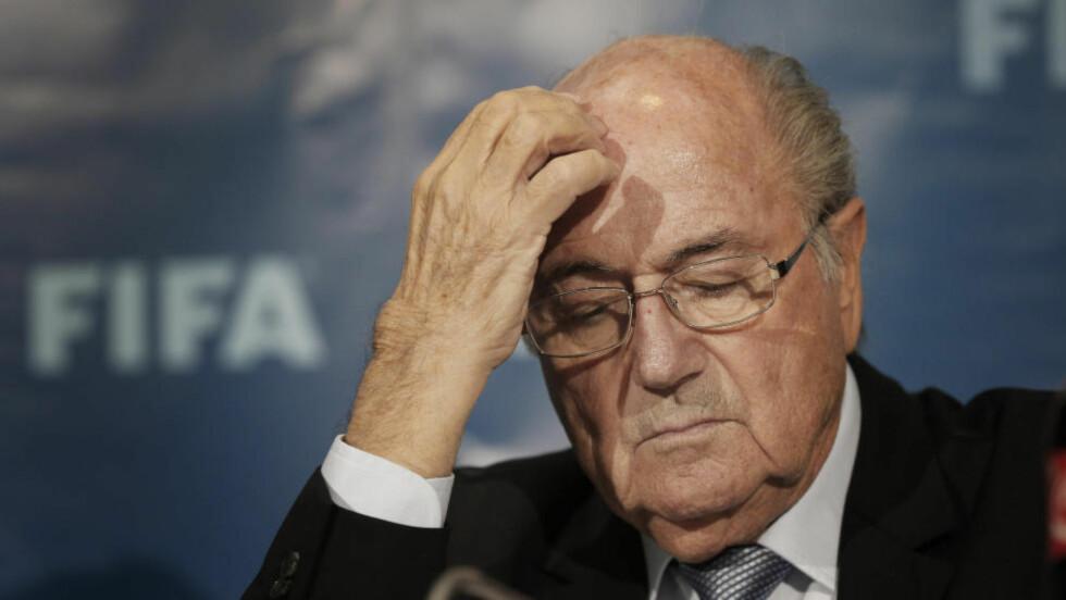 KJEMPER: Sepp Blatter kjemper sin kamp for å renvaske seg. Foto: AP Photo/Christophe Ena, File