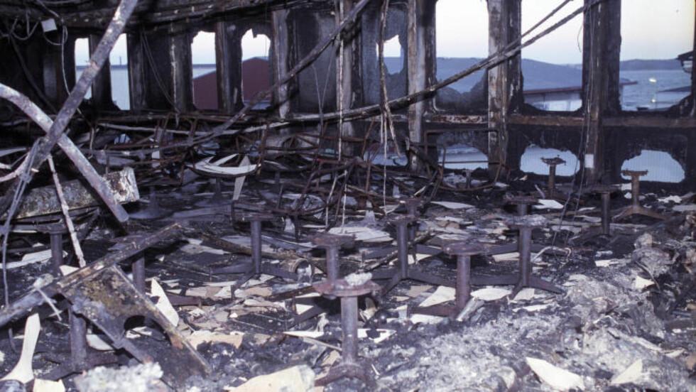 UTBRENT: Bilde inne fra «Scandinavian Star» etter brannen i april 1990. Foto: Per Løchen / NTB Scanpix