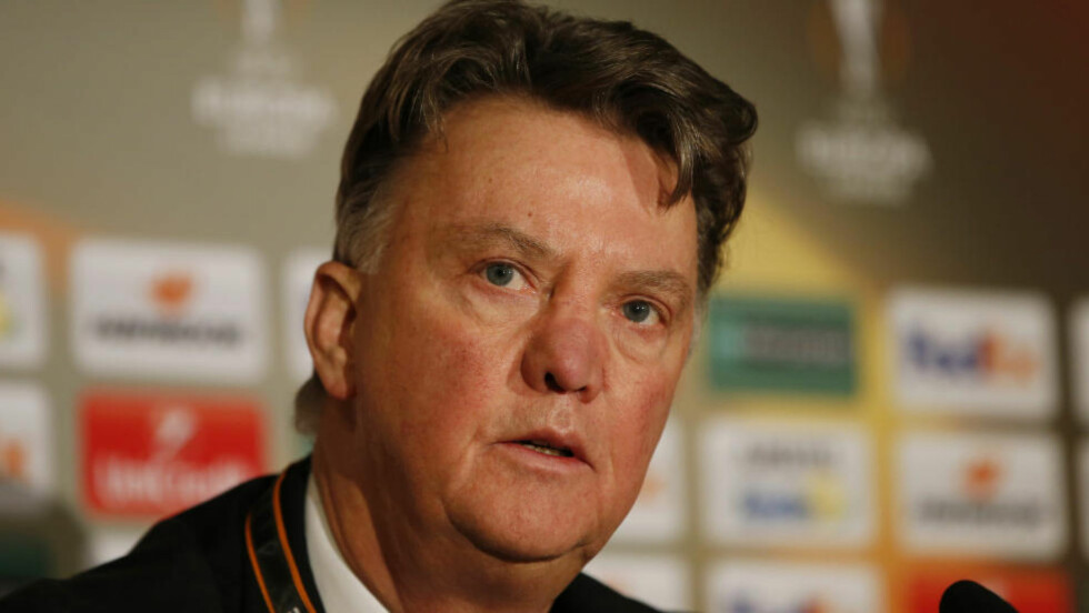 HARDT PRESSET: Manchester United-manager Louis van Gaal kan miste jobben i kveld. Foto:  Action Images via Reuters / Paul Childs