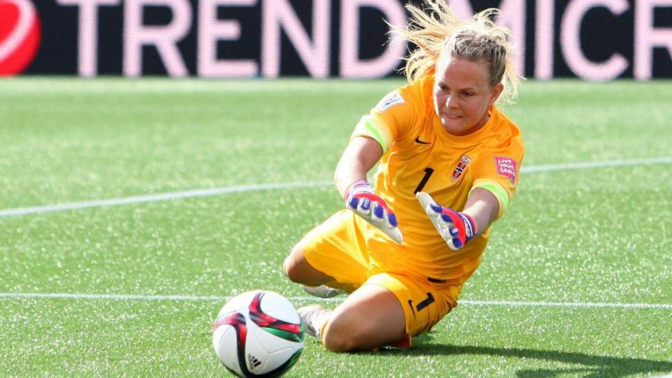 KAMPKLAR: Ifølge henne selv, er Ingrid Hjelmseth klar for OL-kvaliken. Det mener ikke NFF. Her fra fotball-VM i Canada ifjor. Foto: Francois Laplante/FreestylePhoto/Getty Images/AFP