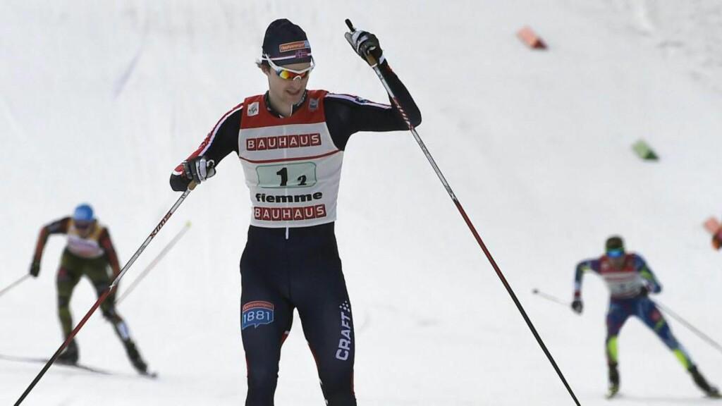 TRE_ Østerrikeren Bernhard Gruber vant verdenscuprennet i kombinert lørdag. Jørgen Graabak tok tredjeplassen. Foto: EPA/CLAUDIO ONORATI