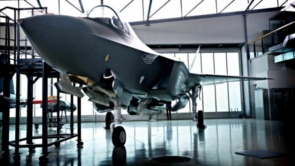 260 MILLIARDER:  Det vil koste Norge totalt 260 milliarder kroner å kjøpe og drifte de 52 nye F-35 flyene. Foto: Jacques Hvistendahl / Dagbladet