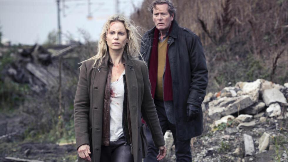 SESONG 4: Sofia Helin, som spiller hovedrollen Saga Norén i serien. Nå varsler Hans Rosenfeldt at sesong 4 kommer. Foto: NRK