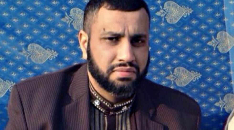 DREPT: Shazad Aslam (40). Foto: Privat