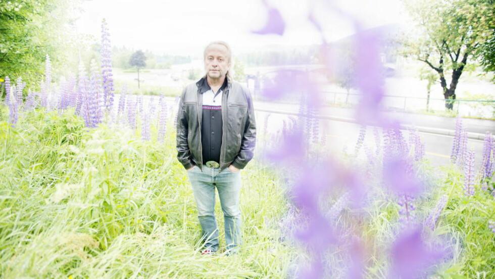 FØRSTE UNGDOMSBOK: Levi Henriksen skriver seg inn i en populær sjanger, med sin første ungdomsroman. Foto: ANITA ARNTZEN