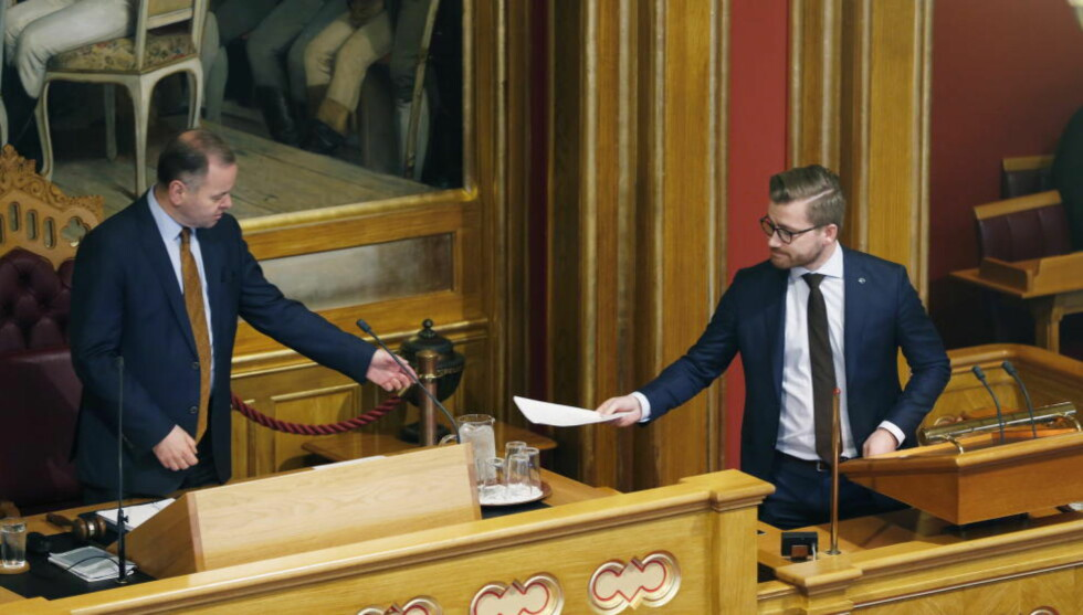 VIL HA MER ÅPENHET: Sveinung Rotevatn (V) leverte tidligere i år et forslag om at kongehuset skal omfattes av Offentlighetsloven. Foto: Henning Lillegård / Dagbladet