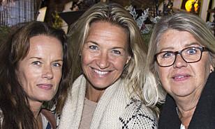 <strong>STØTTET MAMMA:</strong> (Fra venstre) Malin Berghagen, Kristin Kaspersen og Monica Svensson støttet mamma Lill-Babs da hun opptrådte under «Allsång på Skansen» tidligere denne uka. Foto: Karin Törnblom / IBL / NTB Scanpix