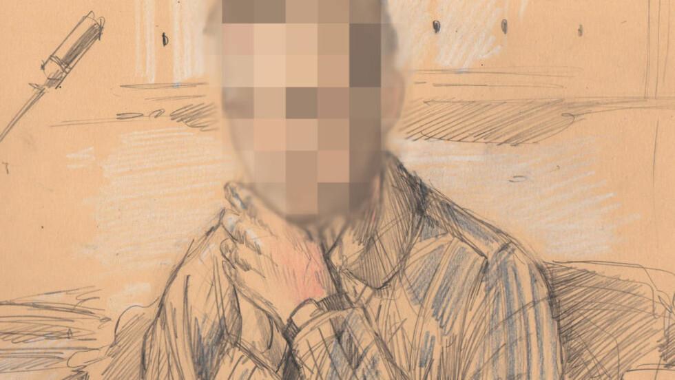 BA OM UNNSKYLDNING:  Familiefaren i 40-årene på tiltaleplass i Gjøvik under første dag mandag av den tre uker lange overgrepssaken. Tegning: Fedor Sagepin.