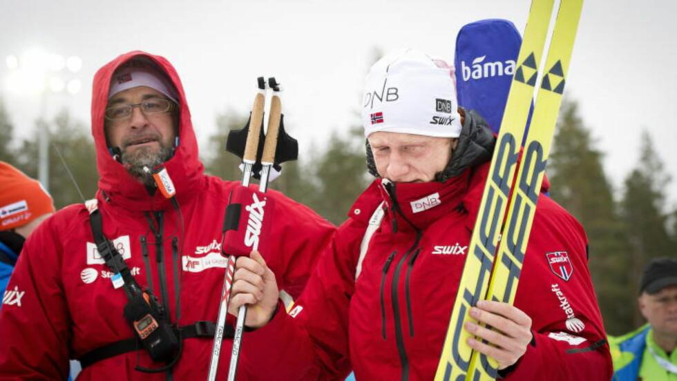 EMOSJONELT: Johannes Thingnes Bø lot tårene trille da det ble klart at VM-gullet var hans. Foto: John T. Pedersen / Dagbladet