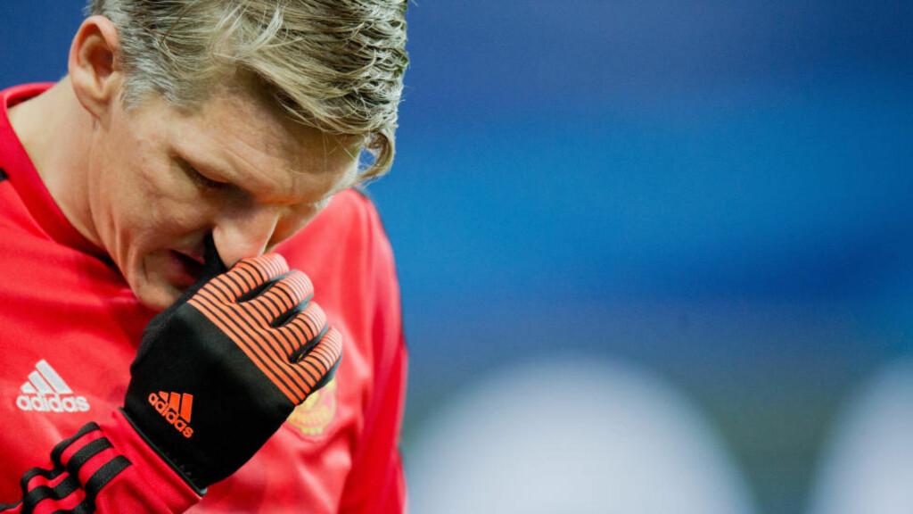 UTESTENGES: Bastian Schweinsteiger får tre kampers karantene. Foto: Photo:JULIANSTRATENSCHULTE/dpa/NTB Scanpix