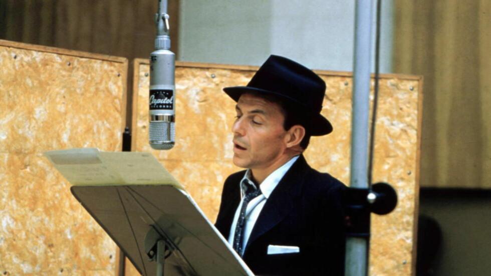 LANG KARRIERE: Til tross for en minneverdig «farvel-konsert» i 1971, ble det ikke til at Frank Sinatra la opp. Han sang til han var langt oppi åra. Foto: EMI