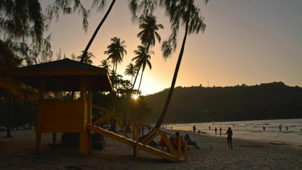 TRINIDADS FINESTE: Maracas Bay er Trinidads fineste strand, og ligger rundt 40 minutter unna hovedstaden Port of Spain. Foto: MARI BAREKSTEN