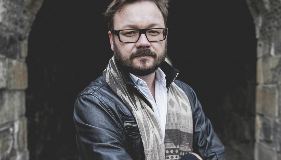 Anmeldelse:På sitt beste er Ingar Johnsrud en bråmoden thrillermaker