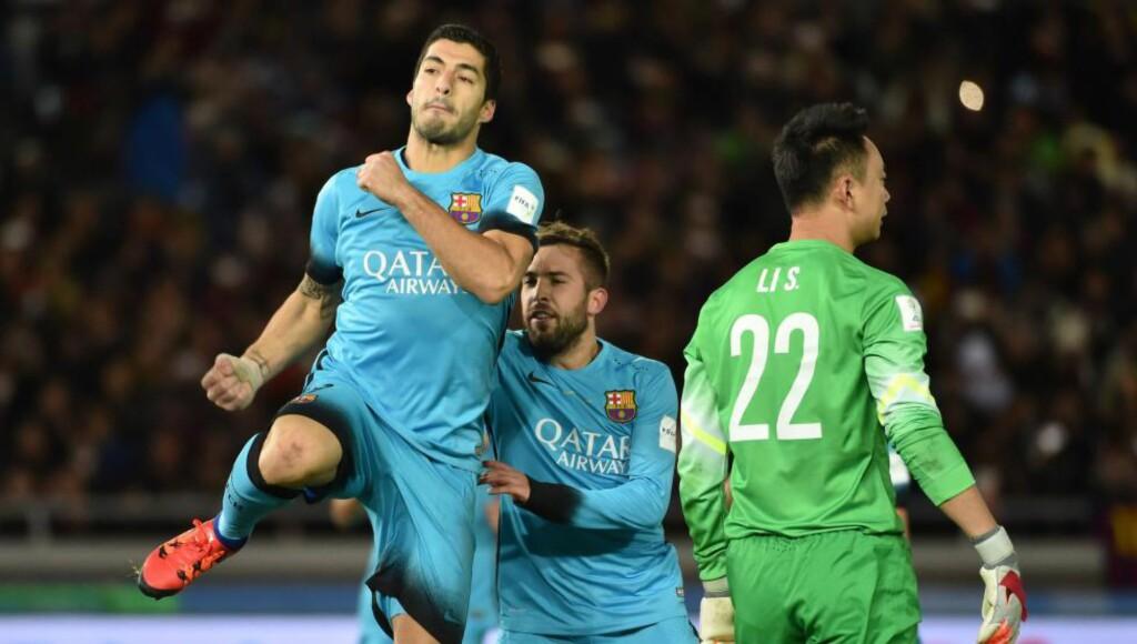 HATTRICK: Luis Suárez scoret tre mål da Barcelona gikk til finalen i VM for lag. Foto: NTB Scanpix