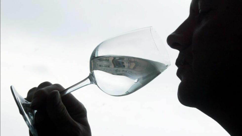 Drikkevann:  Flaskevann er tusen ganger dyrere enn springvann. Foto: Aftenposten