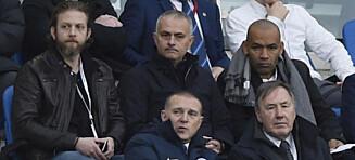 Her er Mourinho tilbake på kamp, men ikke akkurat på Stamford Bridge