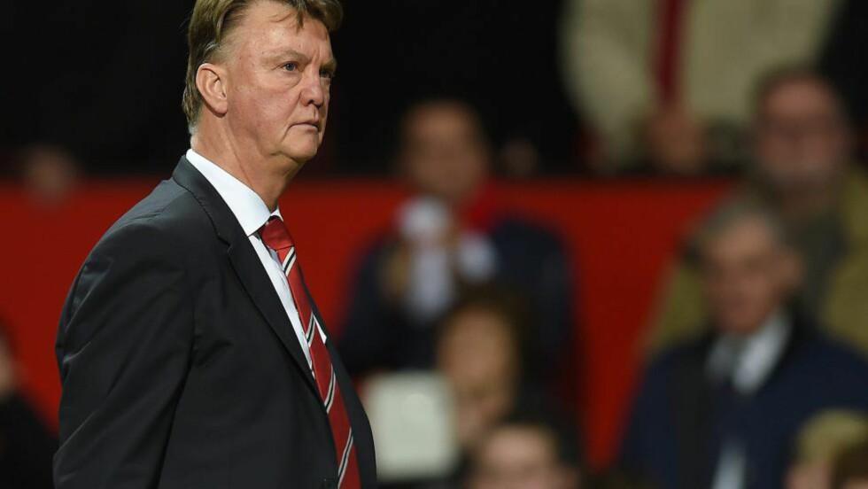 PÅ VEI UT?: Manchester United har sluttet å vinne fotballkamper under Louis van Gaal. Og det finnes ingen trøst. For det handler ikke om marginer, urettferdighet eller dommertabber. Alt skyldes et dårlig lag som spiller trist og dårlig fotball. Foto: NTB Scanpix