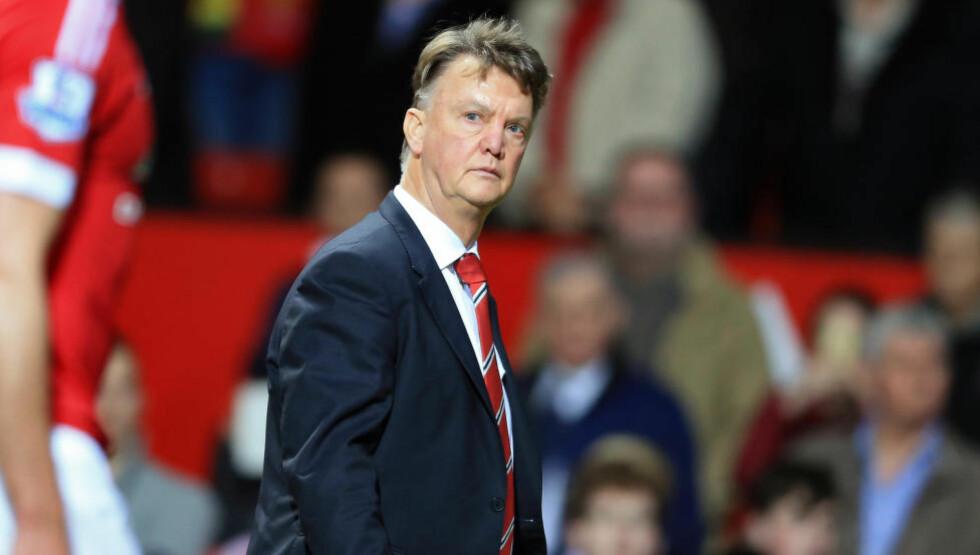 PRESSET: Manchester United-manager Louis van Gaal innrømmer at han frykter å miste jobben, men han tror han har tillit fra styret. Foto: NTB Scanpix