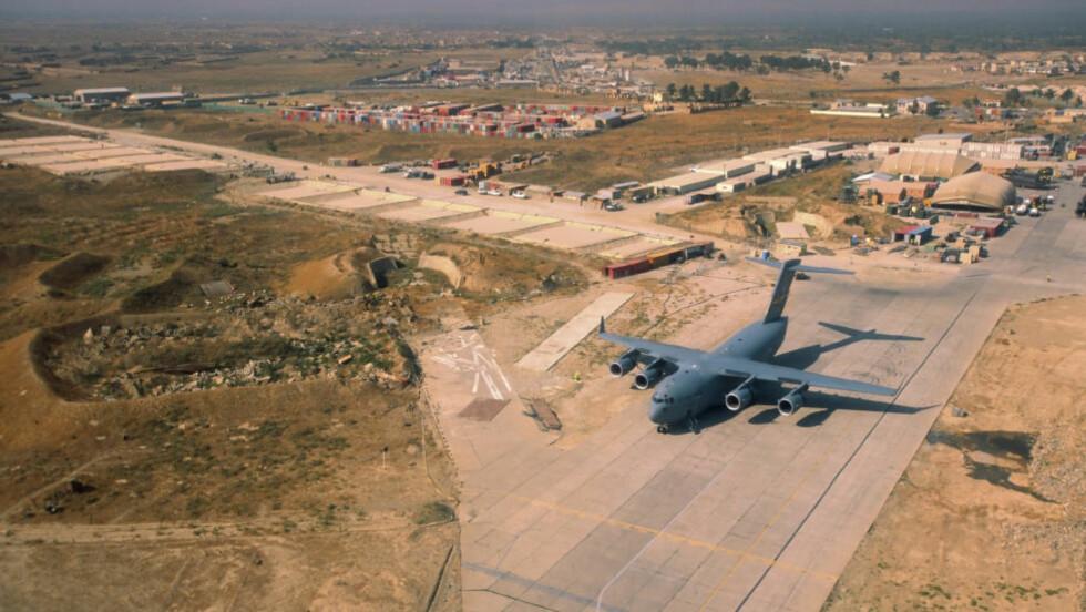 AMERIKANSK BASE: Flybasen Bagram utenfor Kabul.