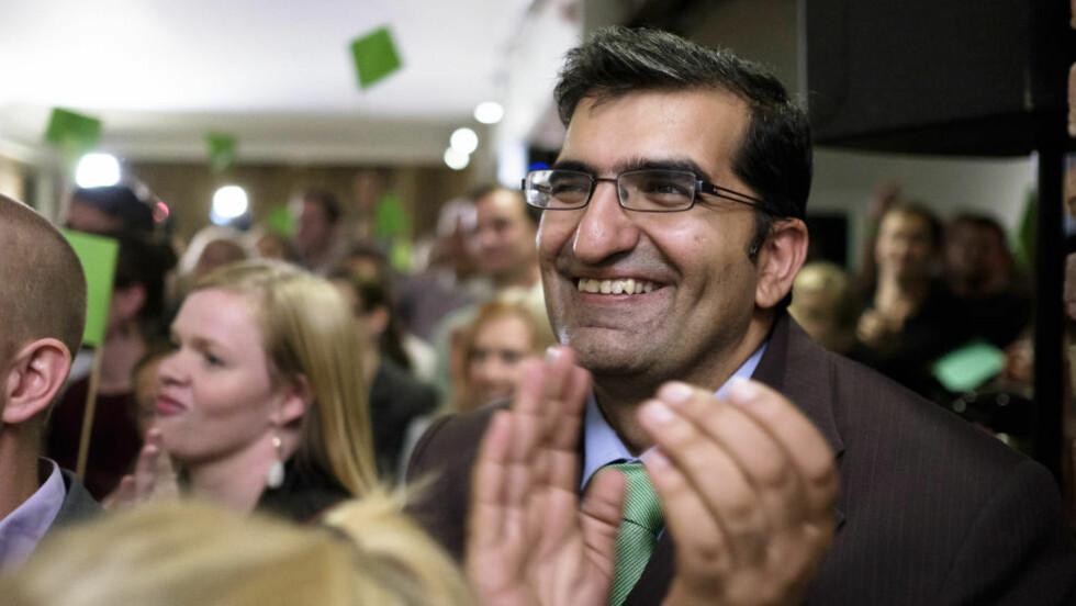 BRAKVALG: Miljøpartiet De Grønne (MDG) har gjort et brakvalg i Oslo, og det ser ut som de grønne nå ligger på vippen.  Ifølge de siste målingene er nå MDG større enn både SV og Rødt med over 8.9 prosents oppslutning. Nå kan MDGs ordførerkandidat Shoaib Sultan bli Oslos nye ordfører. Foto: OLE GUNNAR ONSØIEN/NTB SCANPIX