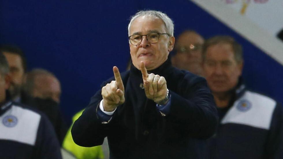 PREMIER LEAGUES MIRAKELMANN: Han kan sin fotball, Claudio Ranieri. Selv om han sliter med å forklare Leicesters sensasjonelle sesong så langt. Og det er ingenting som tyder på at laget vil sprekke. Derfor lukter det Champions League av Leicester høsten 2016. Foto: Scanpix