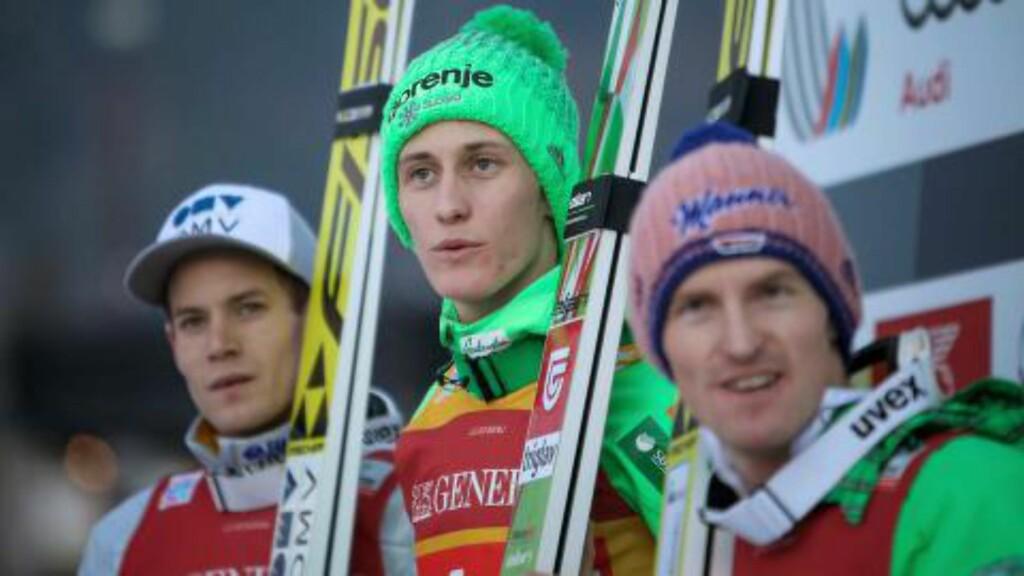 TOPP TRE:  Peter Prevc (i midten) vant foran Kenneth Gangnes (til venstre) og Severin Freund. Foto: NTB Scanpix