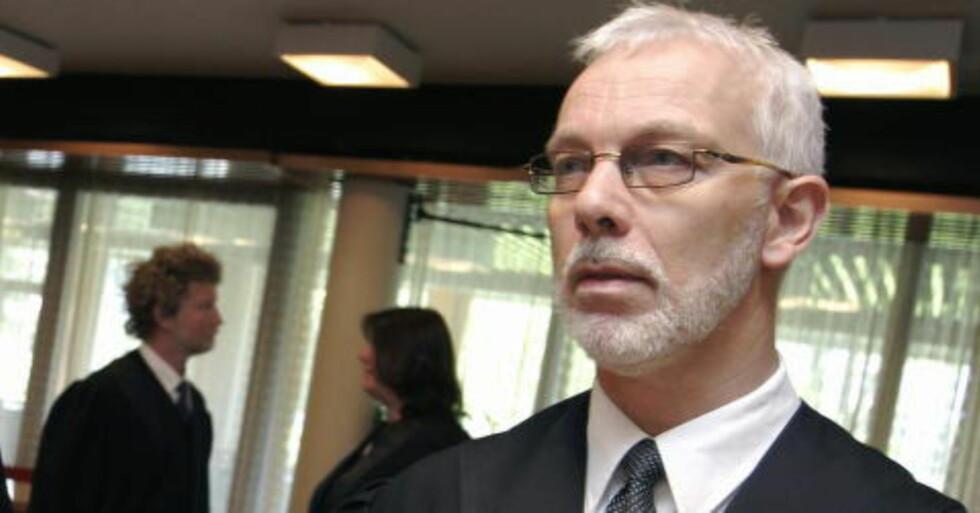 - UFORENLIG MED POLITIROLLEN:  Politimester Tormod Bakke i Hedmark - her i tidligere rolle som statsadvokat. Foto: Knut Fjeldstad, NTB Scanpix.