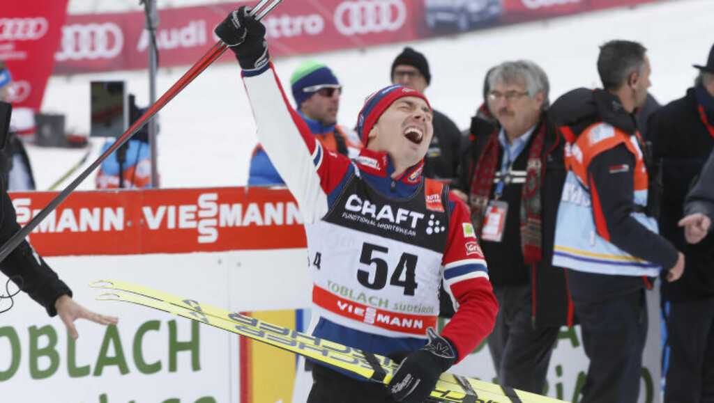 RØRT: Finn-Hågen Krogh var best av alle i dag. Her etter onsdagens fellestart, da han mistet begge skiene. Foto: Terje Pedersen / NTB Scanpix