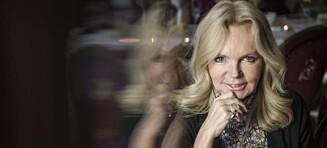 Bestselgerforfatter Lucinda Riley røper at hun hater å sitte og skrive bøker