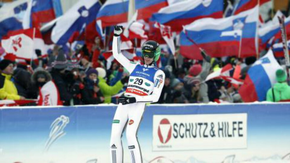 VINNER: Peter Prevc ble verdensmester. Foto: AFP / APA / ERWIN SCHERIAU / Austria OUT