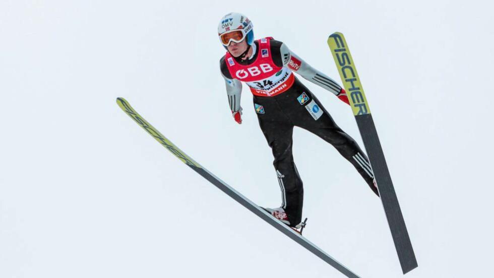 LEDER: Norge leder lagkonkurransen i VM i skiflyging med god margin før finaleomgangen i Kulm. Foto: EPA/EXPA/JFK