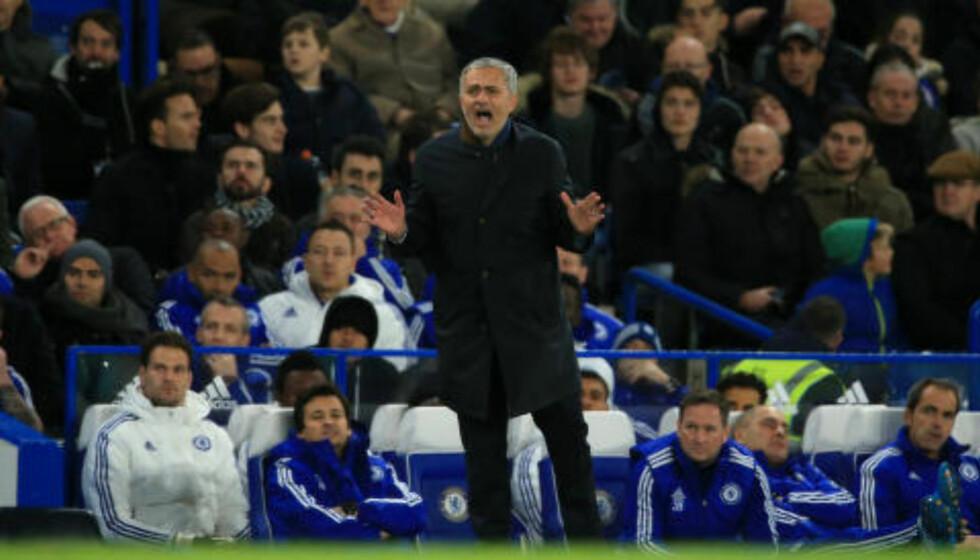 AKTIV PÅ SIDELINJA:  José Mourinho. Foto: NTB Scanpix