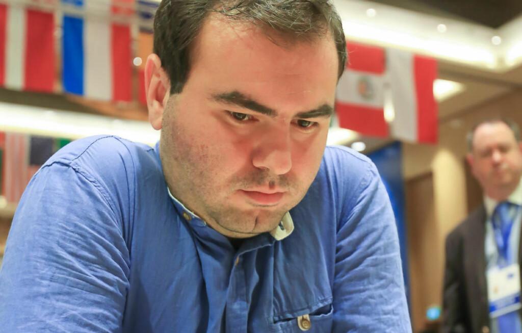 STOR TABBE: Shakhriyar Mamedyarov tapte dagens parti etter et tabbetrekk. Foto: Aziz Karimov / Pacific Press/NTB Scanpix