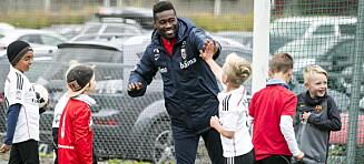 Åpenhjertig Tettey om oppveksten i Ghana: - Norske barn er heldige