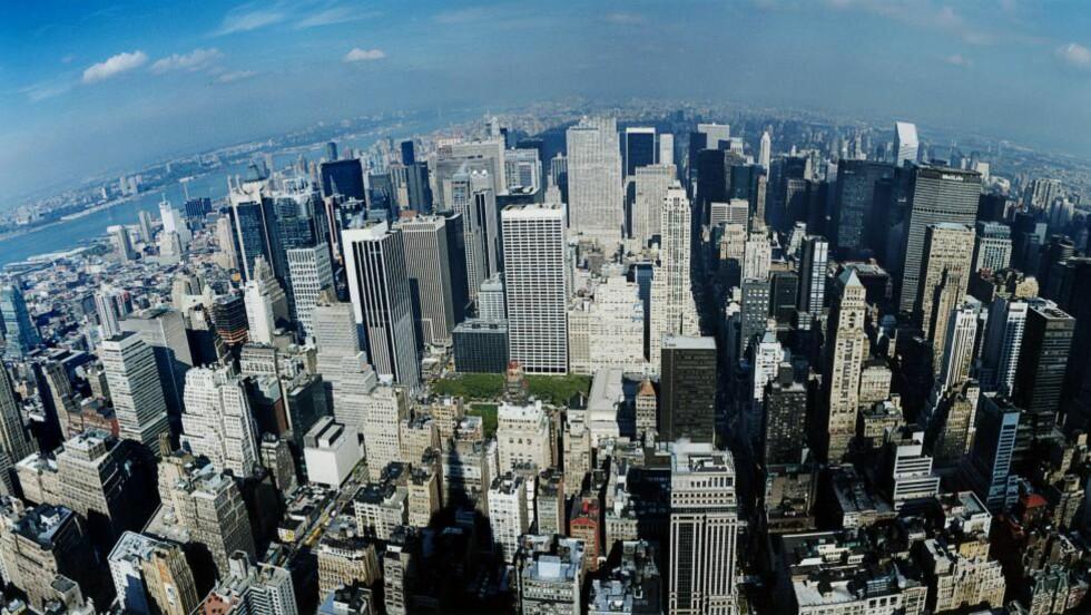 NEW YORK: Å se New Yorks skyline fra toppen av Empire State Building, Rockefeller Center eller det nye One World Observatory hører med til det første besøket i The Big Apple. Foto: BENGT AF GEIJERSTAM / BILDHUSET / TT / NTB SCANPIX