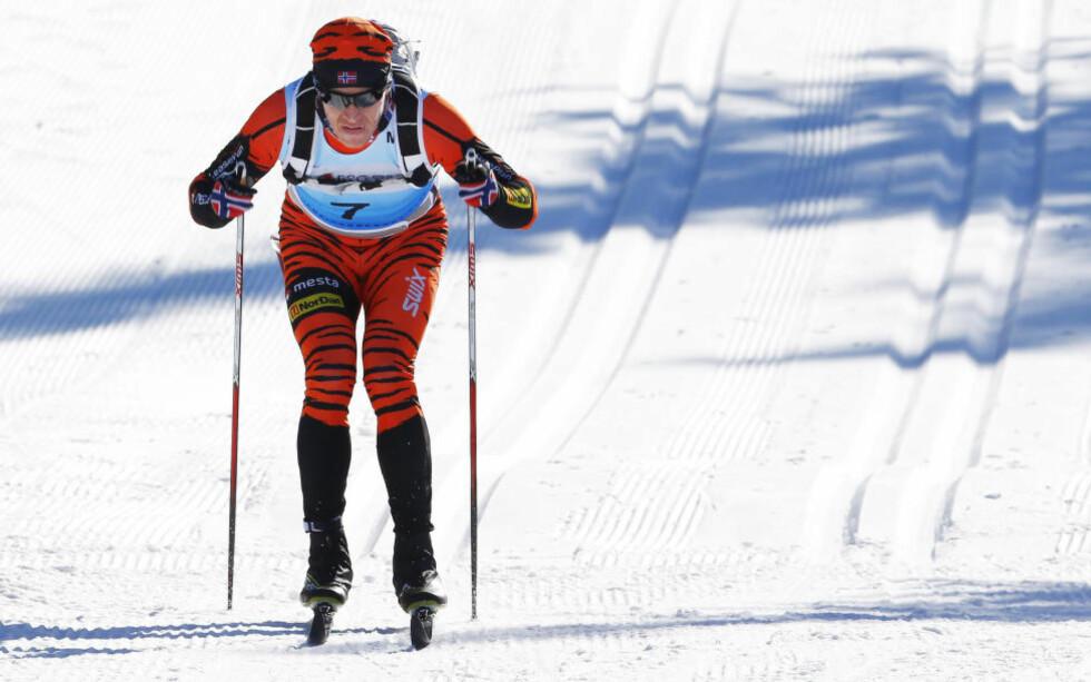 HER ER FRAMTIDA: Langløpskongen Petter Eliassen, her på vei mot mål i Birken, tror det bare blir staking på de beste i Ski Classics i årene som kommer.Foto: Heiko Junge / NTB scanpix