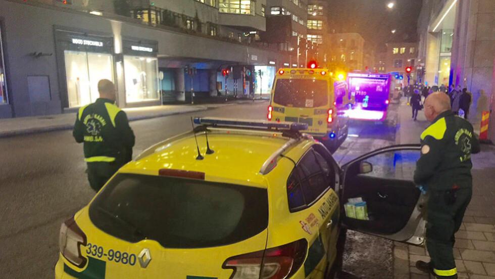 - HØRTE SMELL: Politi og redningstjeneste har rykket ut etter melding om en eksplosjon i sentrum av Stockholm. Foto: Janne Åkesson/Swepix