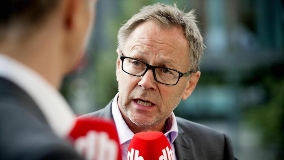 TESTER: John Arne Markussen og Dagbladet skal snart publisere artikler rett på Facebook. Foto: Dagbladet